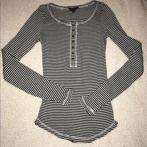 Lucky Brand White Black Striped Thermal Size Small